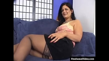 This voluptuous mom looks extremely slutty and loves to feel big black dicks in her ass