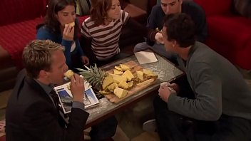 """HIMYM - S01E10 """"The Pineapple Incident"""" PT-BR"""