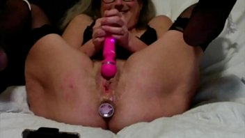 Horny Wife Vibes Herself To Wet Orgasm Quick Fuck Huge Squirt