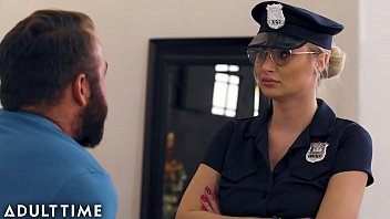 Caught Fapping - Officer Natalia Starr Caught Him With his Cock Out porno izle