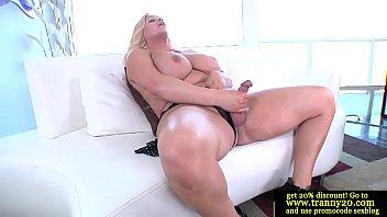 "Bigtit tranny dildofucking her asshole <span class=""duration"">5 min</span>"