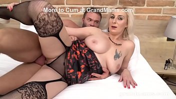Grannies love to swallow cum videos - Mature cougar mouth creampied by muscle gigolo