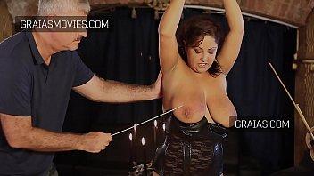 Large breast slave girl tortured Vorschaubild