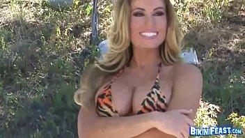 Randy Moore In Solo Bikini Play
