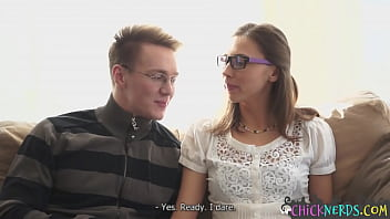 Nerdy glasses chick seduced into pussyfuck