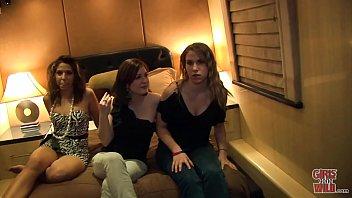 Girls Gone Wild - Random Teen Girls In A Hot Lesbian Threesome