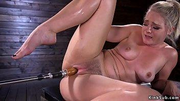 Big butt solo blonde fucks machines porno izle