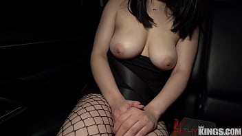 Hot Asian Hooker Gets Fucked In The Back Of The Car