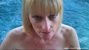 Sexy grannie utubes videos - Granny bj from the pool
