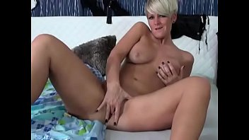 Hot Mature Blonde with Short Hair Masturbates on Cam - CamGirlsUntamed.com