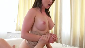 MOM Big Tits Brunette Aussie Milf Takes Big Cock Before Squirting Orgasm
