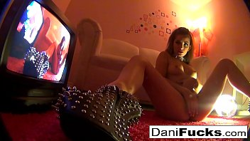 صورت دانييلا الدردشة