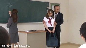 Studerende sex offentligt i klasseværelset 11分钟