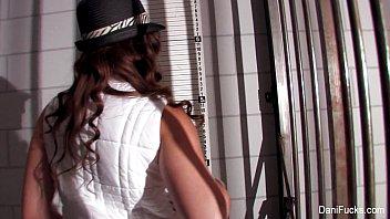 Daniel radcliff poses nude - Film noir gangster dani daniels