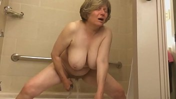 Streaming Video Mature Marie gets off - XLXX.video