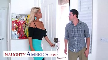 Naughty America  Bridgette B  Is A Lonely, Kin s A Lonely, Kinky Housewife