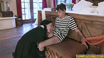 Average size cadian cock - Kate bloom sucking off her stepbros cock and gags in its size as she rope her in the bed