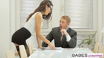 Babes - Office Obsession - Learning the Ropes starring Carolina Abril and Chad Rockwell clip 8分钟