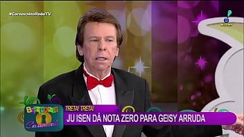 Cu verde Ju Isen mostra demais enquanto faz agachamento ao vivo na RedeTV Vorschaubild
