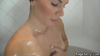 He fucks brunette gf rough and hard after shower