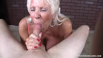 Mature Milf Loves His Big Load In Her Mouth porno izle