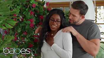 Nerdy (Nicole Kitt) works bf (Will Pounders) till they both come - BABES