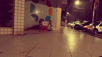 """MORADOR DE RUA METEU NO CUZINHO DA SAFADA NA CALÇADA https://instagram.com/vivi.sexydoll https://twitter.com/vivisexydoll https://onlyfans.com/vivi.doll <span class=""""duration"""">5 min</span>"""