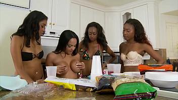 orgy of ebony lesbian whores 23 min