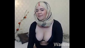 muslim girl with fat flat ass caught a stranger guy and fucked on wantmilf.online