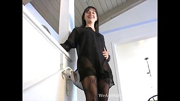 YouPorn - Carmen shows off her sexy mature bush