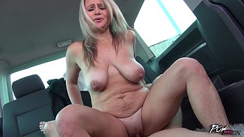 Saggy tit milf - Povbitch zaira conner gets wild during hot car sex