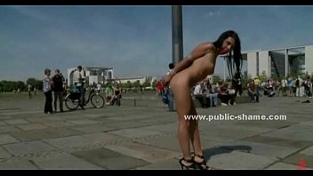 Park pleasure Brunette babe humiliated in public sex