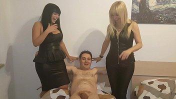 Andrea Diprè tenta di scopare due Mistress (Kelly e Lara Von Lush)