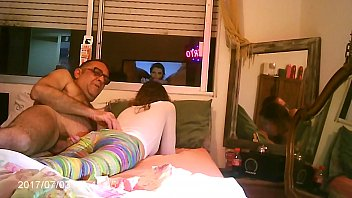 WEEKEND WITH DADY ,,,,HIDDENCAM   SEX FOR MONEY 5分钟