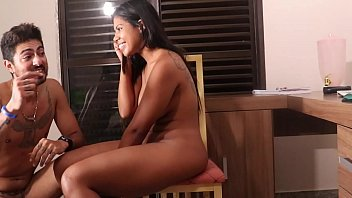 Husband catches his wife caught watching Xvideos and does not forgive