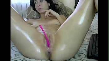 Sensual Whore Entertains Live - Check Out XLiveCams.club 10分钟