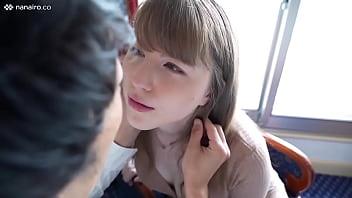 鮫島/June/桃色乳首のブロンド美女はUSA出身♡癒し系なのにエッチは積極的で喘ぎ声は2ヵ国語!