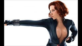 Scarlett johansson lesbian kiss Scarlett johansson