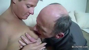 Jim slip mature - Grossvater will endlich mal wieder ficken und sie hilft ihm