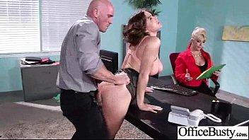 Busty Girl (krissy lynn) Loving Sex Get Banged In Office movie-15 7分钟