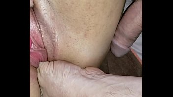 Making her pretty pussy pulsate - Hotsquirtcouple