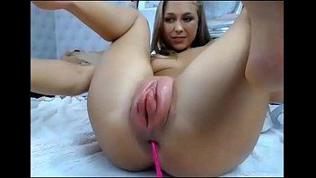 Dutch Girl Pumped Pussy Squirt 5 min