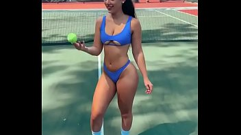 GIRL CULONA PLAYING TENNIS https://2ck.cc/LU6Ba79
