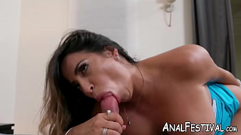 Massive booty MILF Julianna Vega twerking on big fat cock
