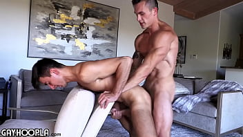 "Travis Splits Oliver's Tight Virgin Ass For The First Time Ever In A Sexy FlipFuck! <span class=""duration"">13 min</span>"