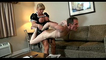 Strong femdom women fighting males - Kat lift sexy 2
