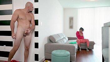 BANGBROS - Latin Maid Rose Monroe Getting Her Venezuelan Big Ass Banged By Jmac porno izle