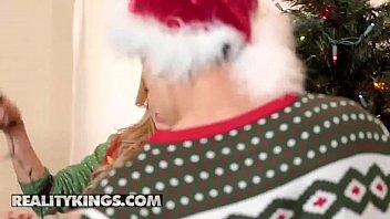 Moms Bang Teens - (Cory Chase, Kali Roses, Juan El Caballo Loco) - Keep The Xmas Lights Tied On - Reality Kings