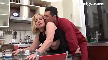 Gardener seduced by mature blonde for a great fuck in the kitchen pornhub video