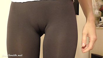 Women in tight leggins pussy Tight pants and camel toe